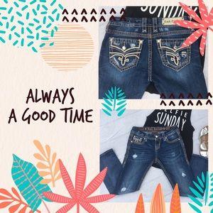 ROCK REVIVAL Sukara Crop Capri Jeans